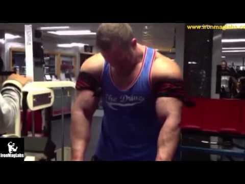 Aron Singerman & Dr Layne Norton occlusion training
